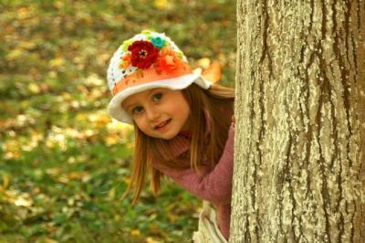 kislány ősszel